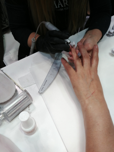 close up manicure cbbc career college